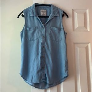 American Eagle light chambray denim tank, size M